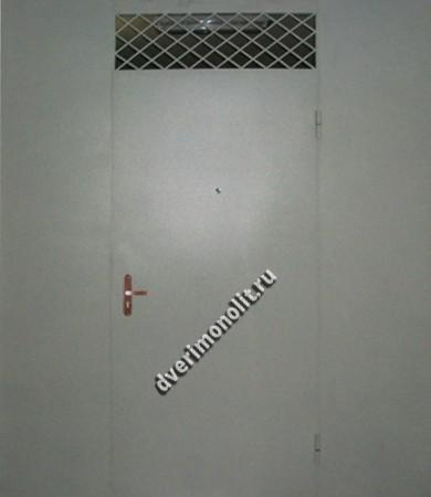 Нестандартная металлическая дверь. Модель 003-032
